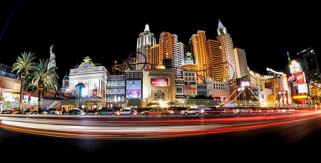 an image of the las vegas strip